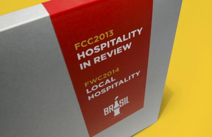 Kit Hospitality Copa do Mundo - Projeto gráfico, editorial para a comunicação corporativa da Coca-Co