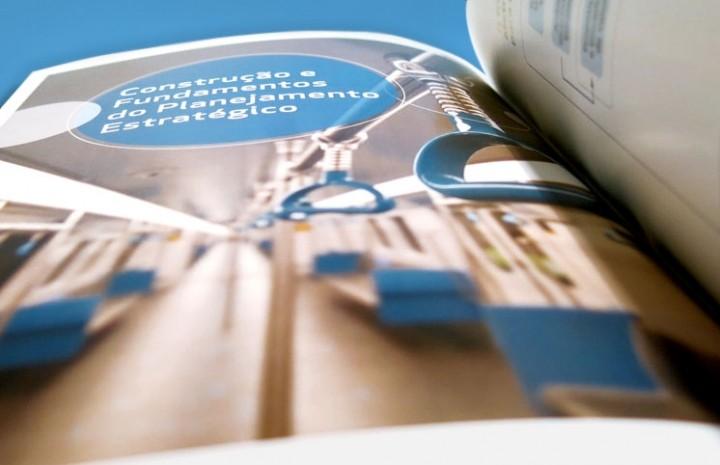 Projeto editorial, criação de conteúdo, criação de conceito, apresentação multimídia - prezi e pwer