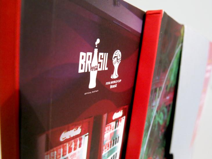 Design Gráfico  - Criação de projeto gráfico para book Hospitality in Review