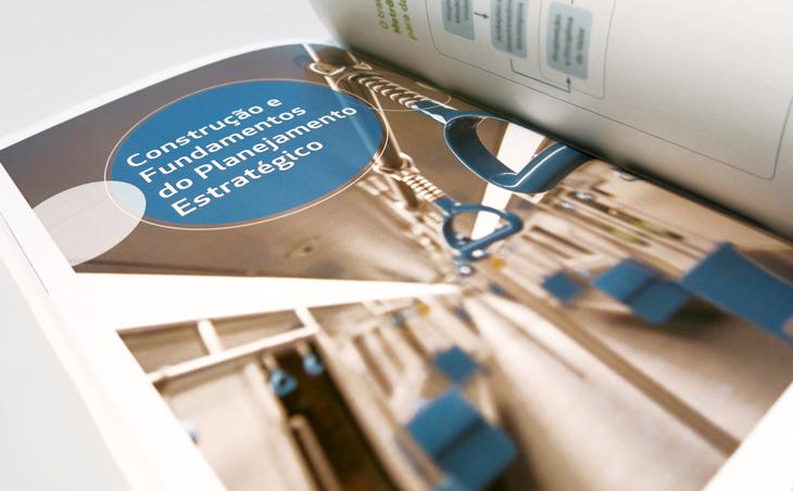 Design editorial - projeto gráfico, criação de conteúdo e diagramação para as peças de comunicação estratégica